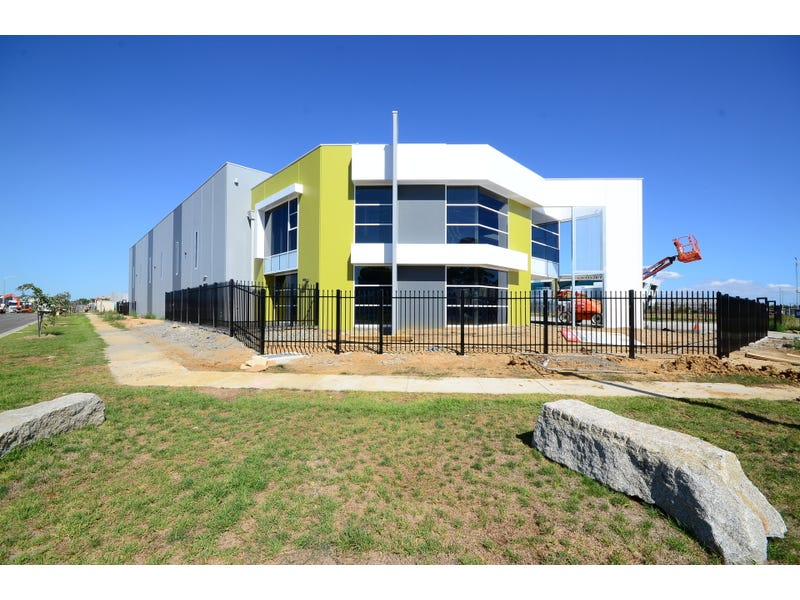 34 Oppenheim Way Dandenong South Vic 3175 Leased