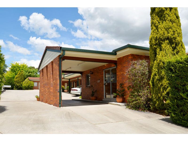Bed And Breakfast New England Nsw