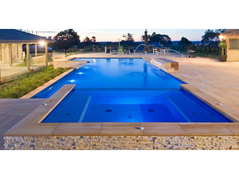 Dive right in sunshine coast pool supply service for Pool show qld