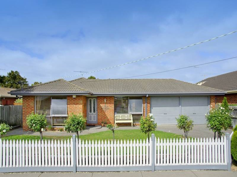 4 Fontaine Street, Grovedale