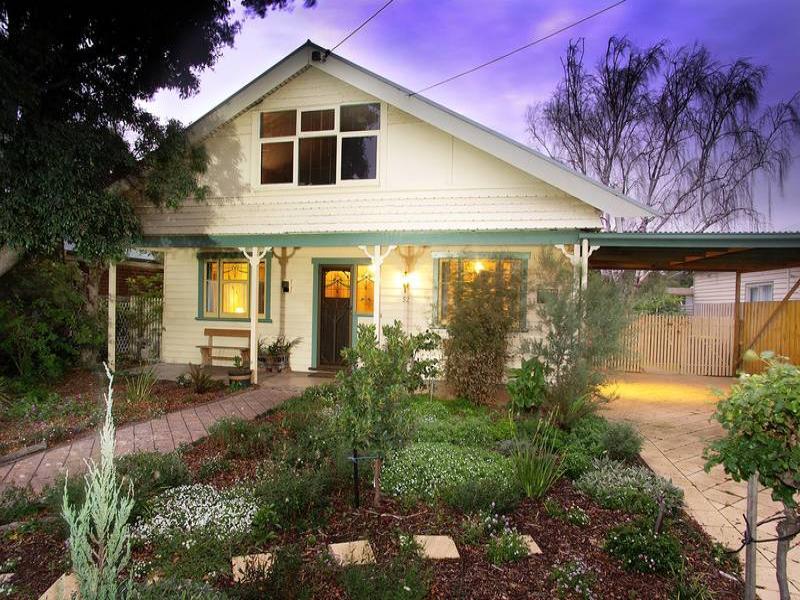 52 Collins Street, Geelong West