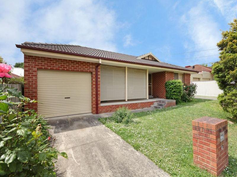 1/8 Tooronga Road, Ringwood East, Vic 3135