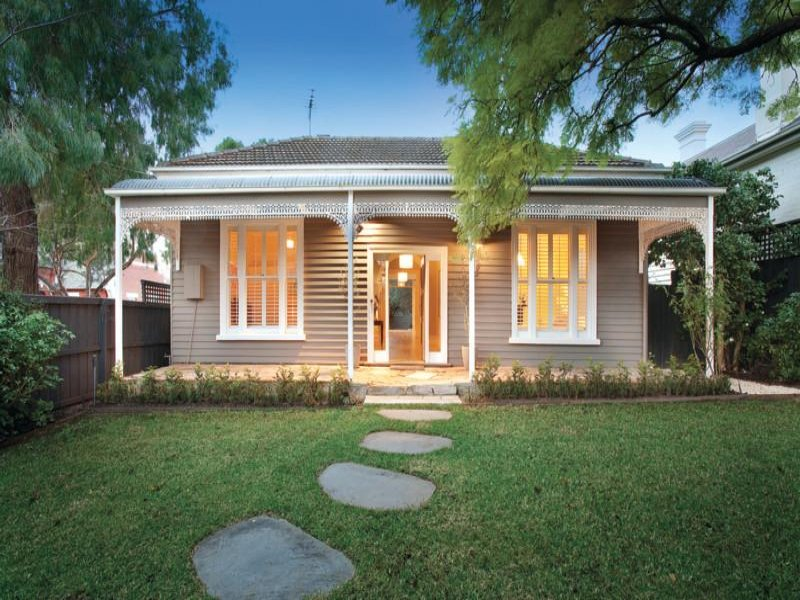 Photo of a weatherboard house exterior from real Australian home - House Facade photo 525209