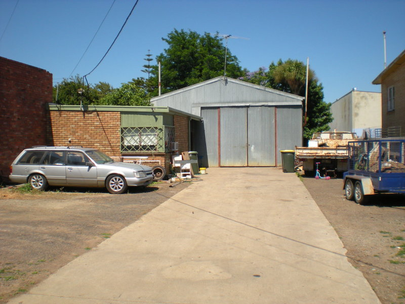 68 Roseneath Street, North Geelong