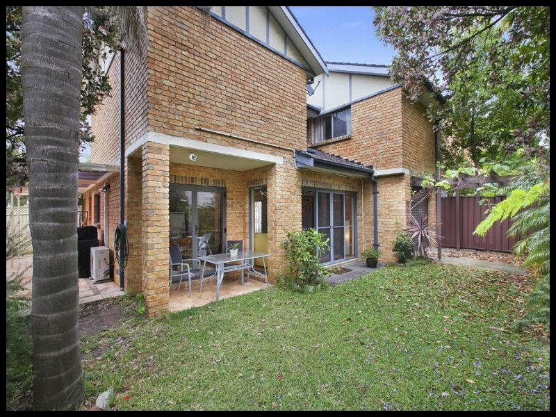 3/8 Premier Street, Gymea, NSW 2227