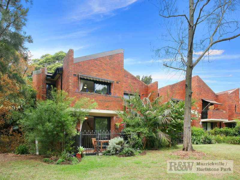 1/150 Wigram Road, Forest Lodge, NSW 2037