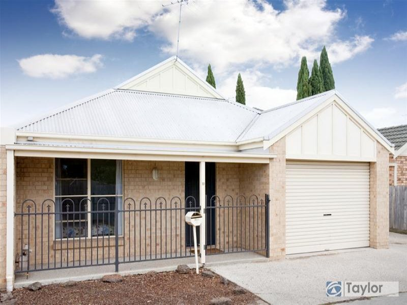 10 Stanhope Street, Geelong West