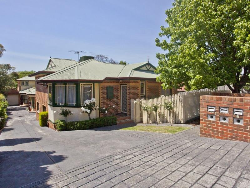 1/26 Lawson Street, Essendon, Vic 3040