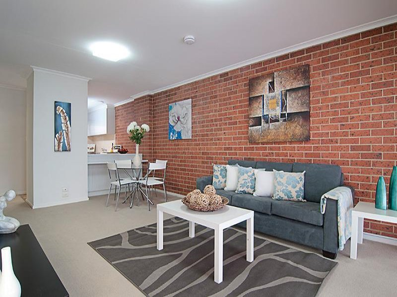 2/116 Edinburgh Street, Flemington, Vic 3031