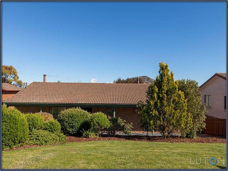 27 Holden Crescent, Wanniassa, ACT 2903