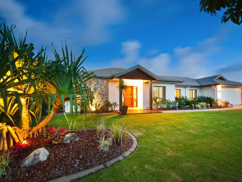 8 Macaranga Court, Meridan Plains, Qld 4551