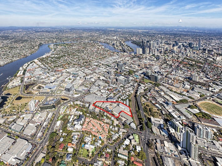 Projects The Valley Spring Hill Bowen Hills