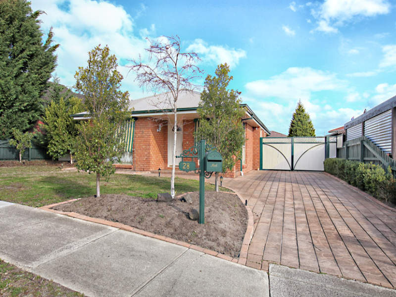 28 Bicentennial Crescent, MEADOW HEIGHTS, VIC, 3048 - Image