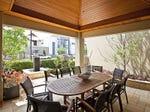 outdoor living areas image: hedging, pergola - 103242