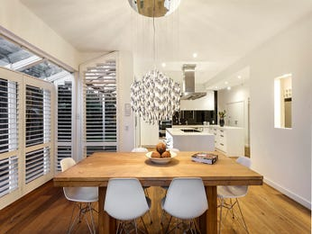 Modern dining room idea with floorboards & floor-to-ceiling windows - Dining Room Photo 8960817
