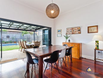 Photo of a dining room design idea from a real Australian house - Dining Room photo 16564321