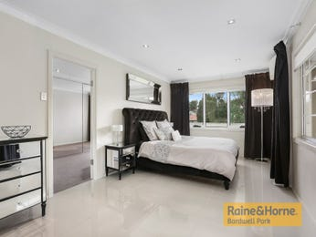 Brown bedroom design idea from a real Australian home - Bedroom photo 16910613