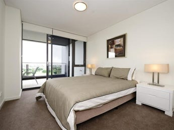 Neutral bedroom design idea from a real Australian home - Bedroom photo 8817821