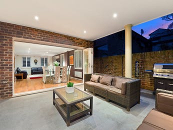 Outdoor living design with bbq area from a real Australian home - Outdoor Living photo 7633585