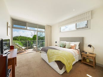 Neutral bedroom design idea from a real Australian home - Bedroom photo 16713201