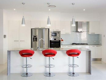 Kitchen Designs With Breakfast Bar And Pendant Lighting