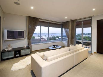 Open plan living room using white colours with carpet & bi-fold doors - Living Area photo 418087