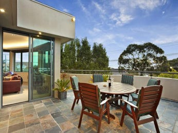 Outdoor living design with outdoor dining from a real Australian home - Outdoor Living photo 1019836