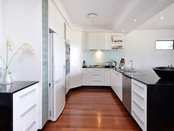 Classic galley kitchen design using laminate - Kitchen Photo 155854