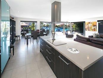 Modern kitchen-dining kitchen design using frosted glass - Kitchen Photo 17574589
