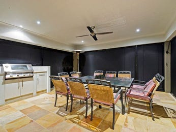 Outdoor living design with bbq area from a real Australian home - Outdoor Living photo 1076373