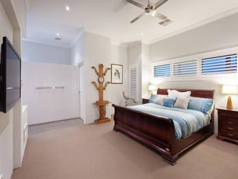 Blue bedroom design idea from a real Australian home - Bedroom photo 8566461