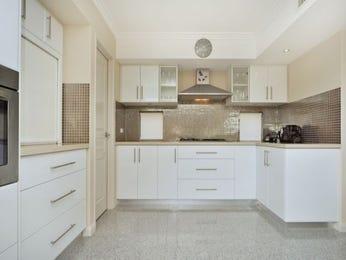 Classic l-shaped kitchen design using granite - Kitchen Photo 350126