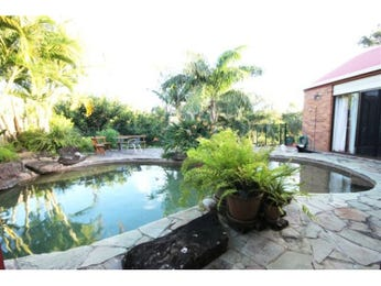 Photo of a tropical garden design from a real Australian home - Gardens photo 1254092