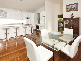Photo of a dining room design idea from a real Australian house - Dining Room photo 8010425