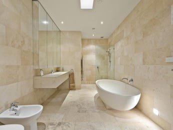 Classic bathroom design with corner bath using tiles - Bathroom Photo 214298