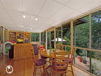 Photo of a dining room design idea from a real Australian house - Dining Room photo 7485053