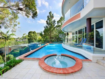 Freeform pool design using brick with bbq area & decorative lighting - Pool photo 217242