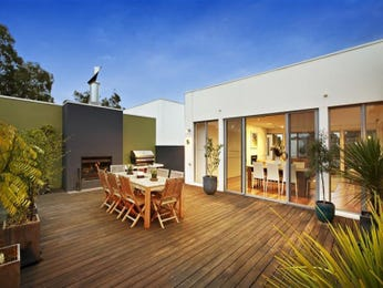 Outdoor living design with bbq area from a real Australian home - Outdoor Living photo 220397