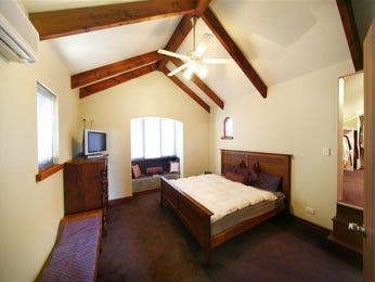 Classic bedroom design idea with carpet & built-in wardrobe using beige colours - Bedroom photo 221617