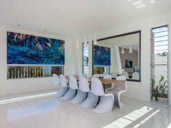 White dining room idea from a real Australian home - Dining Room photo 7573633