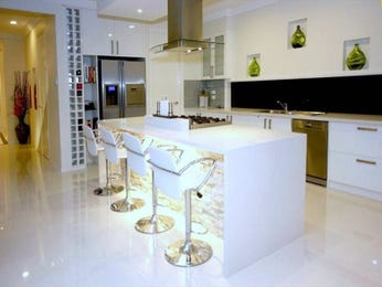French provincial galley kitchen design using granite - Kitchen Photo 224333