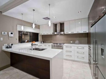 Modern u-shaped kitchen design using tiles - Kitchen Photo 225381