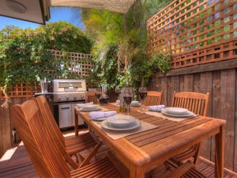 Outdoor living design with bbq area from a real Australian home - Outdoor Living photo 17255709