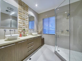 Modern bathroom design with twin basins using ceramic - Bathroom Photo 15713161