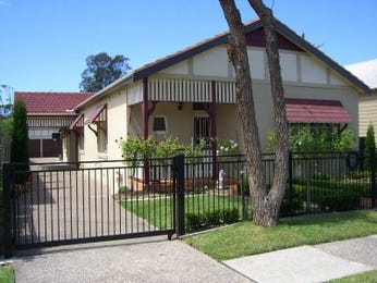 Photo of a concrete house exterior from real Australian home - House Facade photo 372397