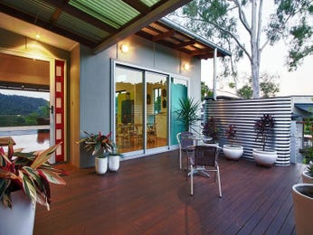 Outdoor living design with deck from a real Australian home - Outdoor Living photo 1497609