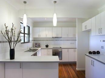 Modern u-shaped kitchen design using hardwood - Kitchen Photo 394576