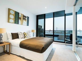 Beige bedroom design idea from a real Australian home - Bedroom photo 7344985