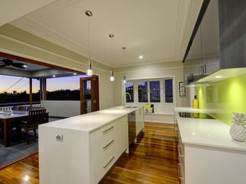 Floorboards in a kitchen design from an Australian home - Kitchen Photo 8854905