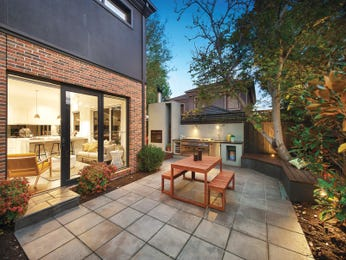 Outdoor living design with bbq area from a real Australian home - Outdoor Living photo 15031749